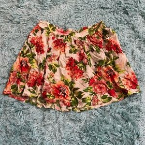 ✨xSmall Floral skirt ✨